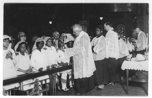 2. Eckert Communion